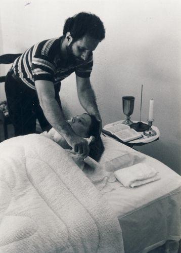 Jim combing Carlas hair